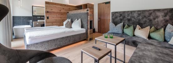 Loft - Alpin Suite mit freistehender Badewanne für 2-4 Personen - 31 m²